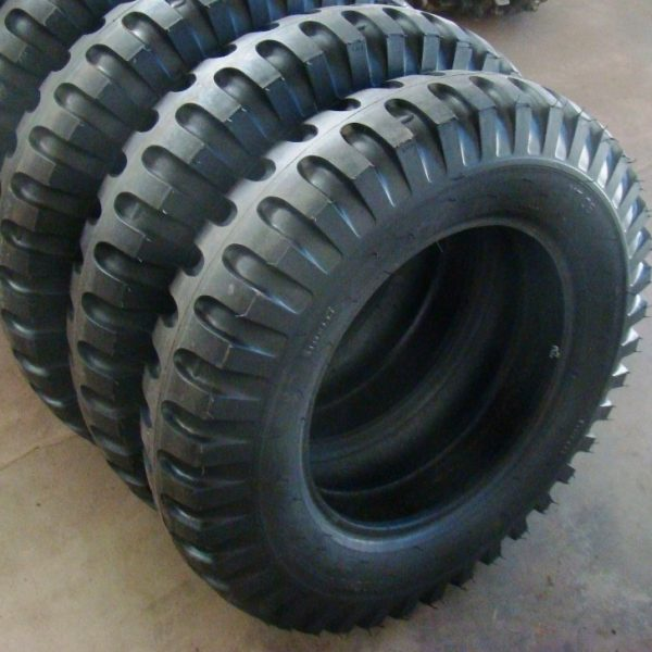 Pneu Pirelli 6.50X16 Militar