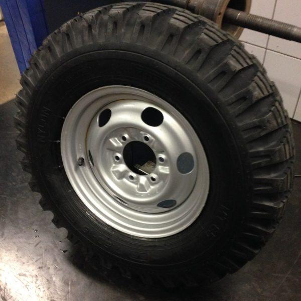 Pneu Pirelli Candango 7.50×16 Militar